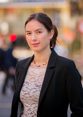 Dr Isabelle Sin